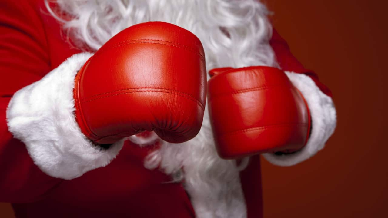 Image of a man with boxing gloves